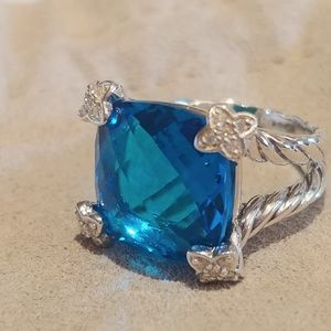 David Yurman 15 mm blue topaz On point ring 5.5